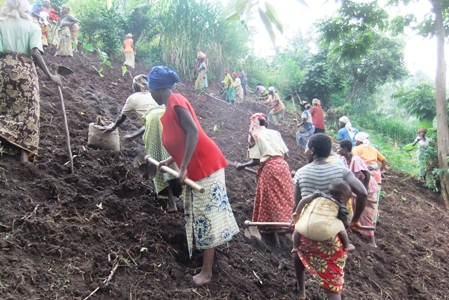 Beneficiaries Preparing to Plant Beans
